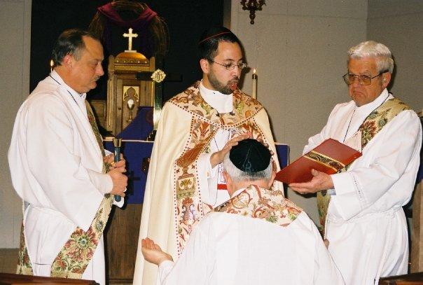 Lumanog pastor installation